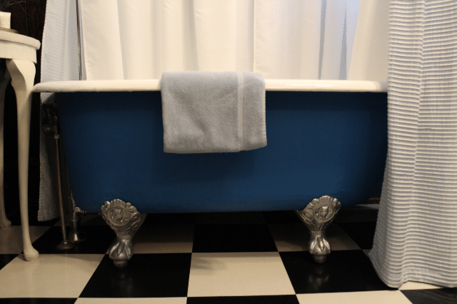windsor bathtub 2